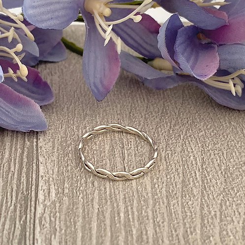 Simple Sterling silver stacking ring (plaited)