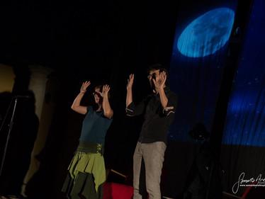 Eva y Nacho en La noche de los cuentos (Chapinería)