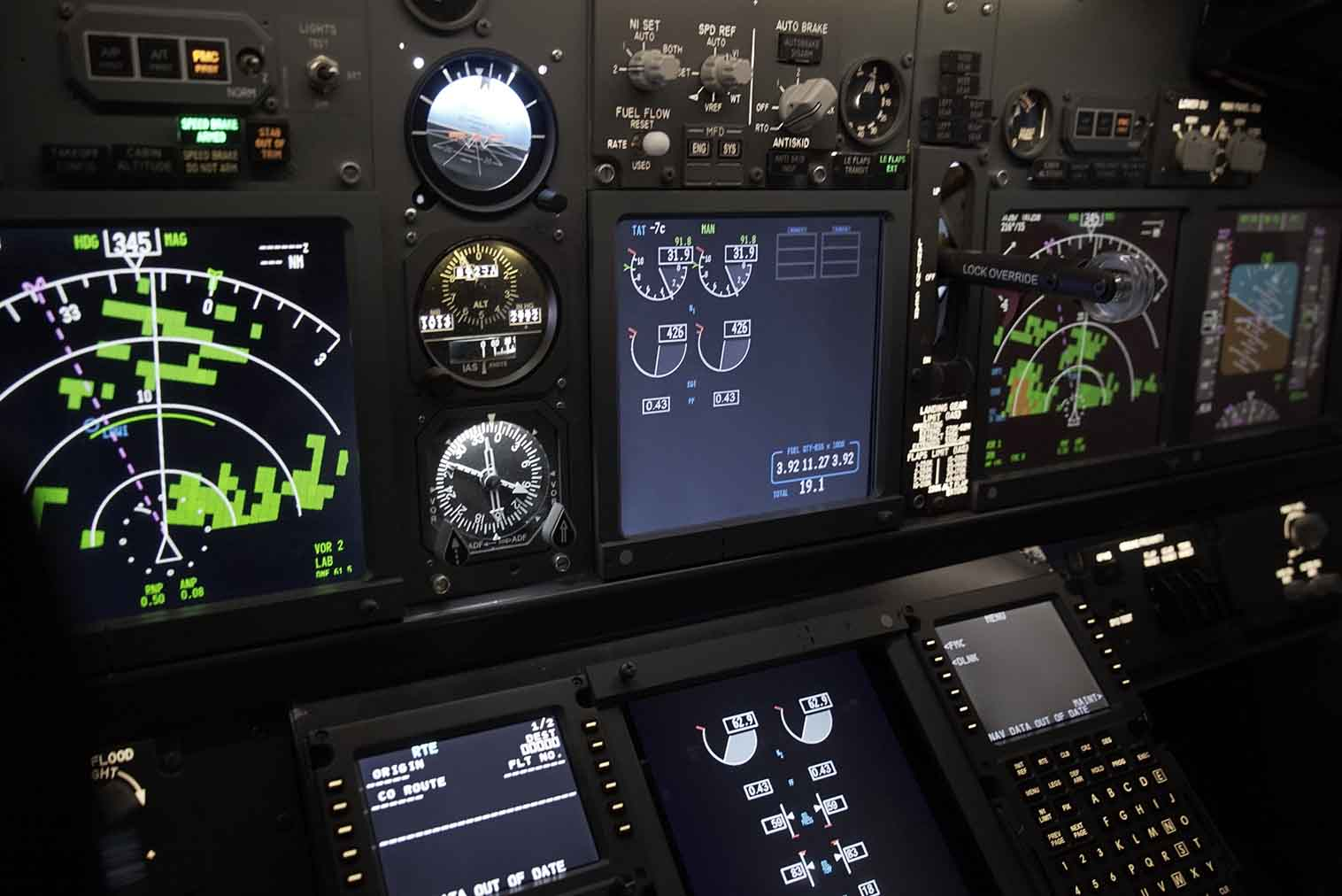 737 Pro Flight Simulation 19
