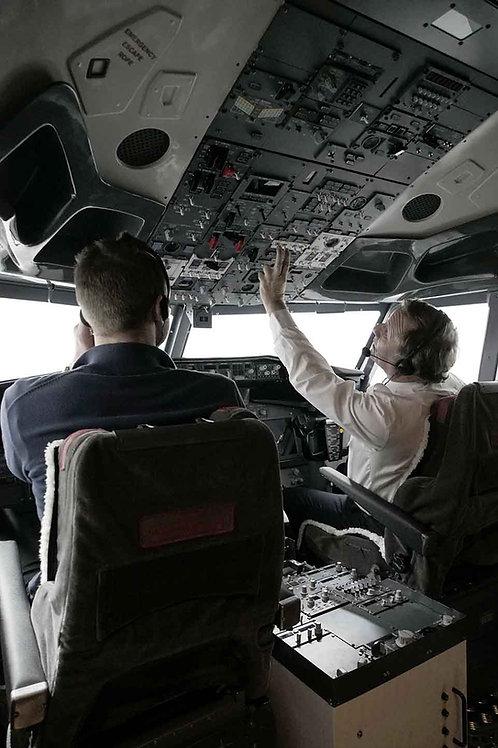 MULTI-PILOT DRY HIRE (per hour)