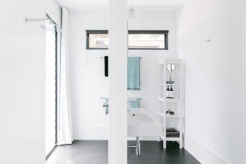 Quenda-Bathroom