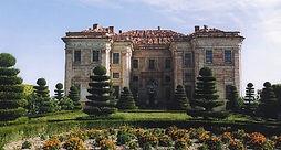 03_facciata_castello_di_guarene.jpg