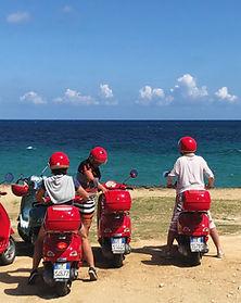 Tour by vespa beach