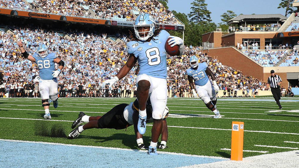 Michael Carter, 2021 NFL Draft Prospect and UNC running back finds his way into the end zone for another explosive play. Slippery running back and should be a high pick in the 2021 NFL Draft at running back.