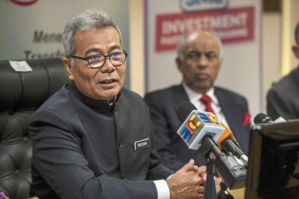 Minister: Existing regulations too rigid for growing startups