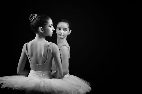 Website Dancers.PNG