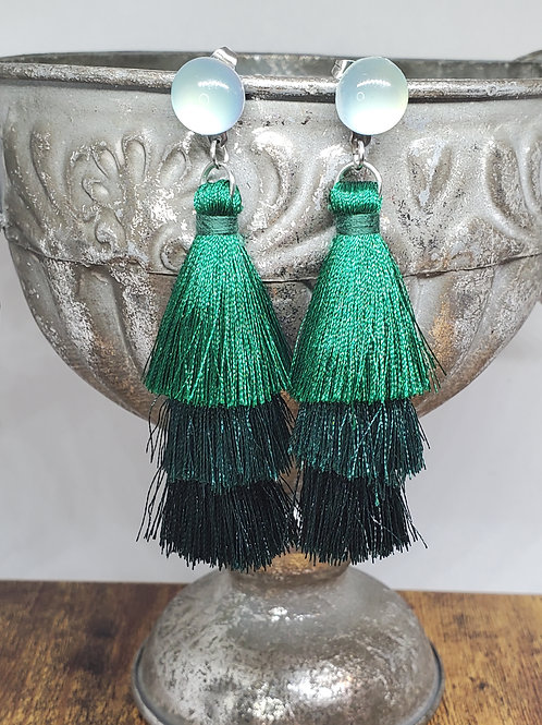 Green Ombre Large Tassels w/Grey Posts