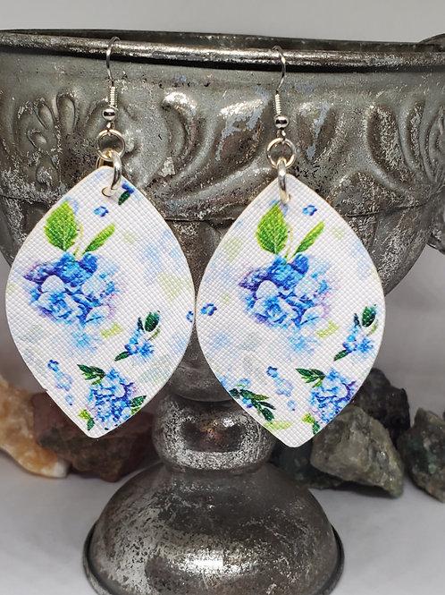 Medium Rounded Diamond Blue Hydrangeas Floral Print Faux Leather