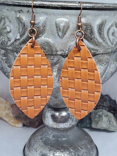 Medium Angled Leaf Cut Camel Brown Basket Weave Textured Faux Leather