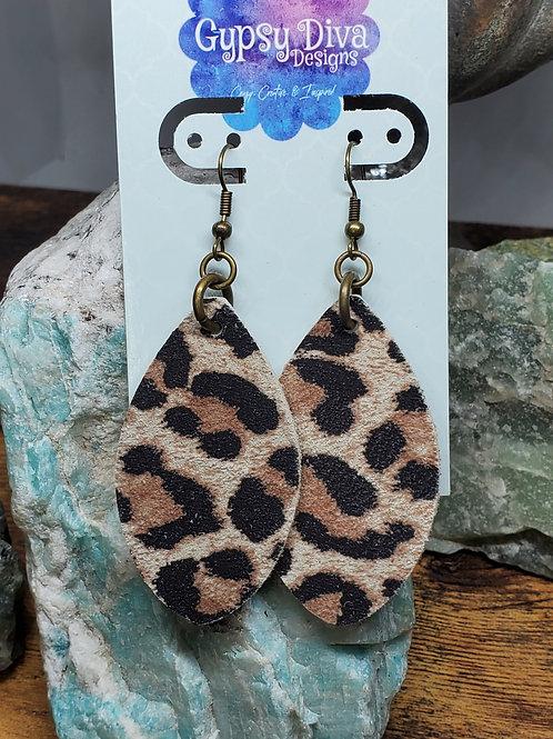 Medium Chubby Leaf Sueded Leopard Print Genuine Leather