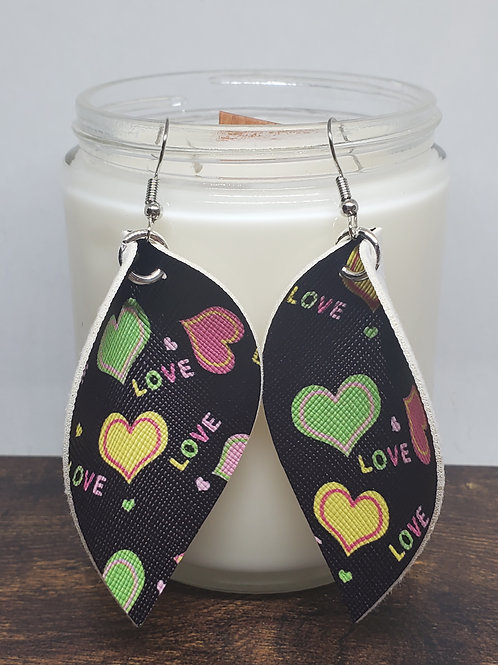 Large Pinched Leaf Candy Hearts Faux Leather
