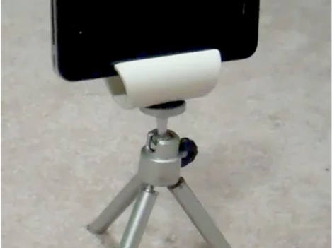 Smartphone_on_HomeMade_Tripod.jpg
