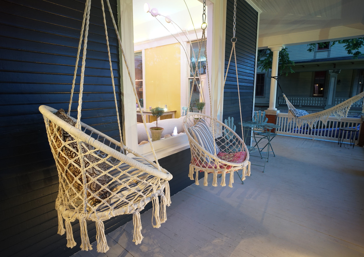 Porch Vibes