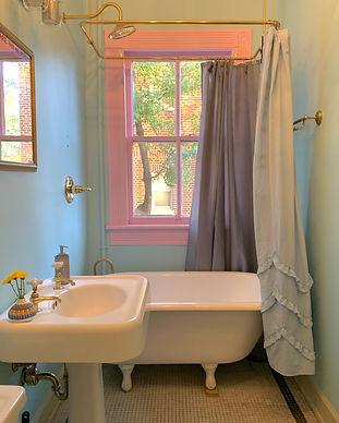 air bathroom.jpg