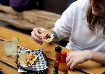 Howler-Food-02.jpg