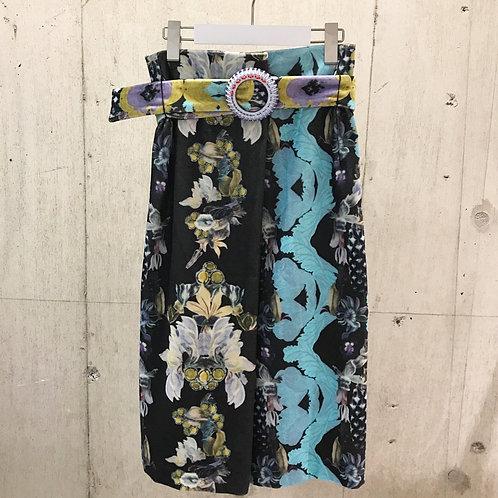 Midsummer Night's Dream Box Skirt with Jude vine & Helocoina