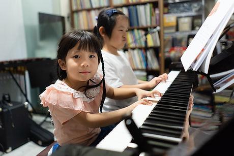 D212-Piano-07.jpg