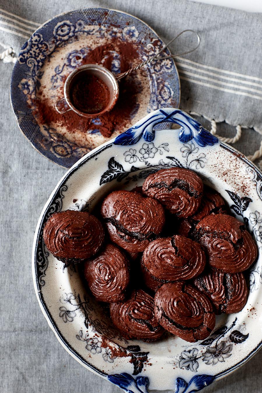 Chokoladesmåkager Hannah Lund Nyd det nu 1900 Til bords