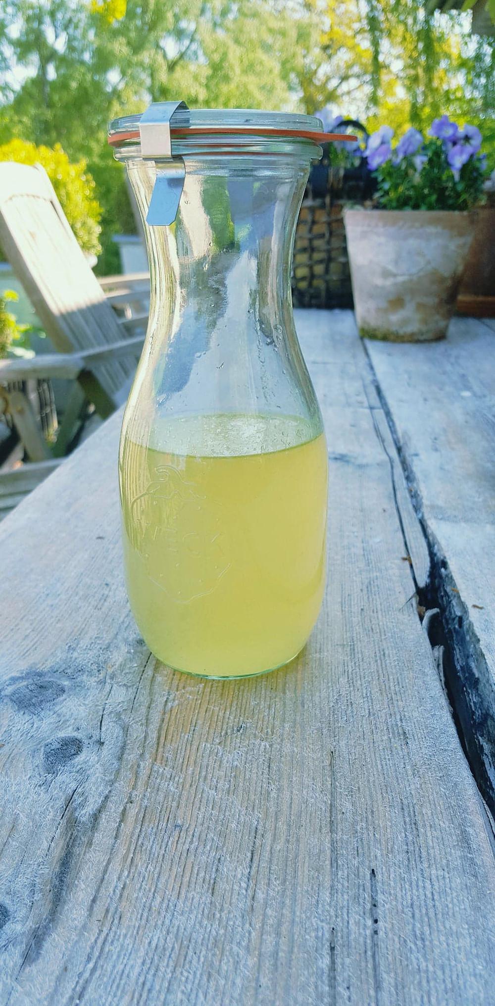 Færdig citron-sirup - få opskriften her