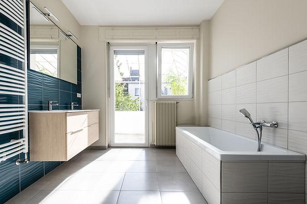 apres-renovation-salle-de-bain-carelage-java-decoration-architecture-colmar