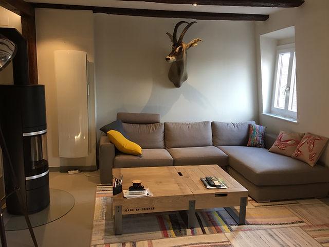 Renovation/Duplex/Colombage/Architecte d'interieur/java decorateurs/Tendance/Habitat/Beton cire/Poêle a bois/Salon