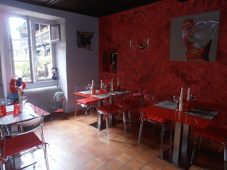 Restaurant/Java decorateur/Architecte d'interieur/Renovation/Tendance/Couleur/Rouge/Agencement/Amenagement/Cuisine/Mobilier/Decoration/Ambiance