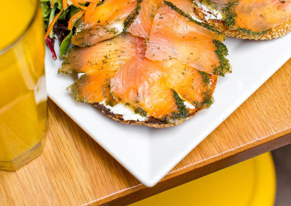 Smoked salmon bagel