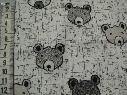 Lys bund med mønster i sort og bamsehoveder