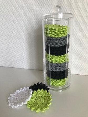 Beholder indeholdende 35 rondeller i hvid, lime og sort