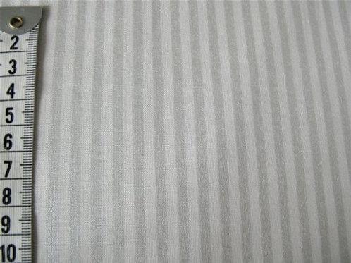 Svag natur bund m. svage sølv striber