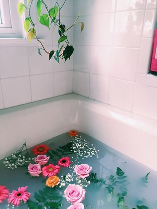 EVERYDAY SHOULD BE A FLOWER FILLED BATH DAY