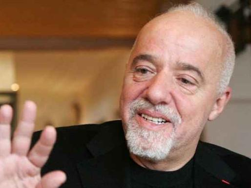 Livros de Paulo Coelho vão ganhar série