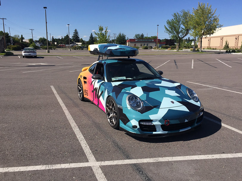 Flag Nor Fail Porsche full wrap