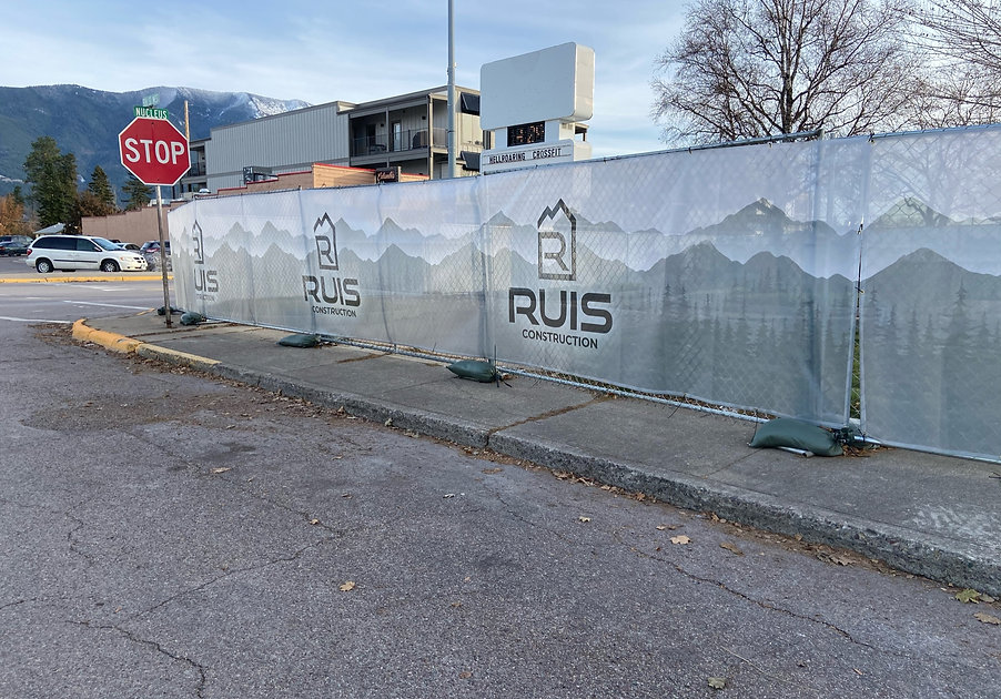 Ruis Construction mesh fence banners
