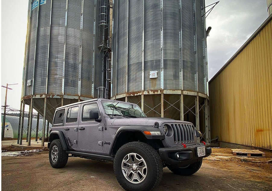 Matte topography full wrap Jeep