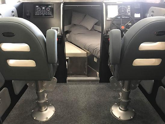 BtB Marine_750ULR_interior3.JPG