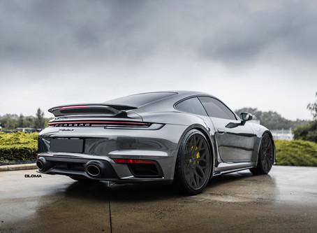 Der neue Porsche 992 Turbo auf LOMA BLACKFORCE ONE Concave Felgen