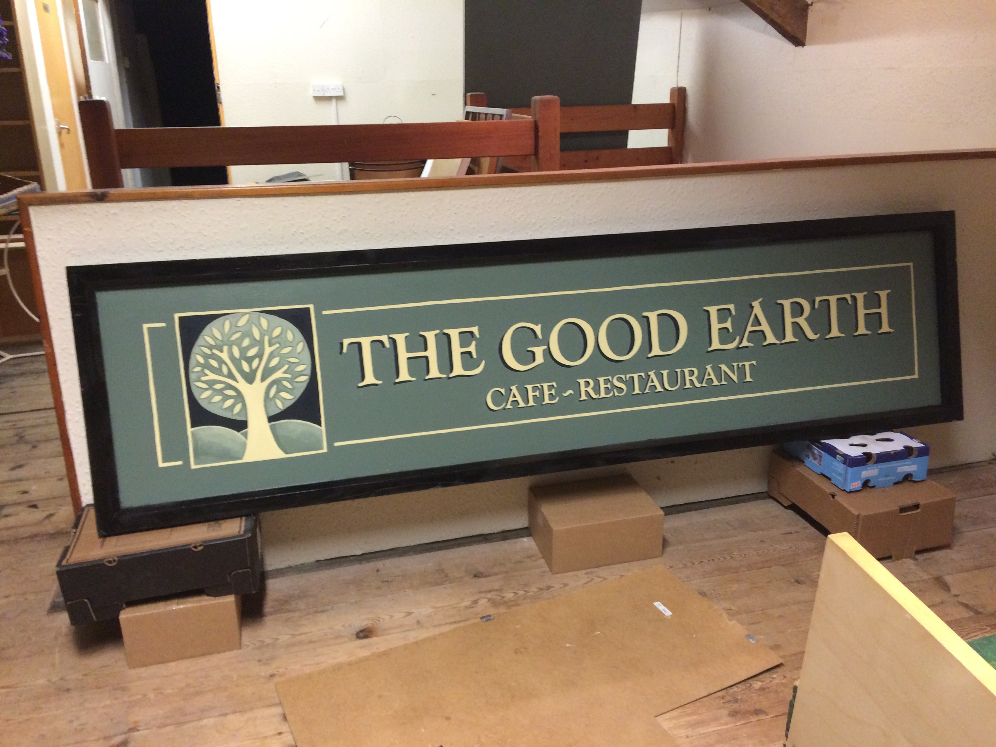 The Good Earth, Somerset