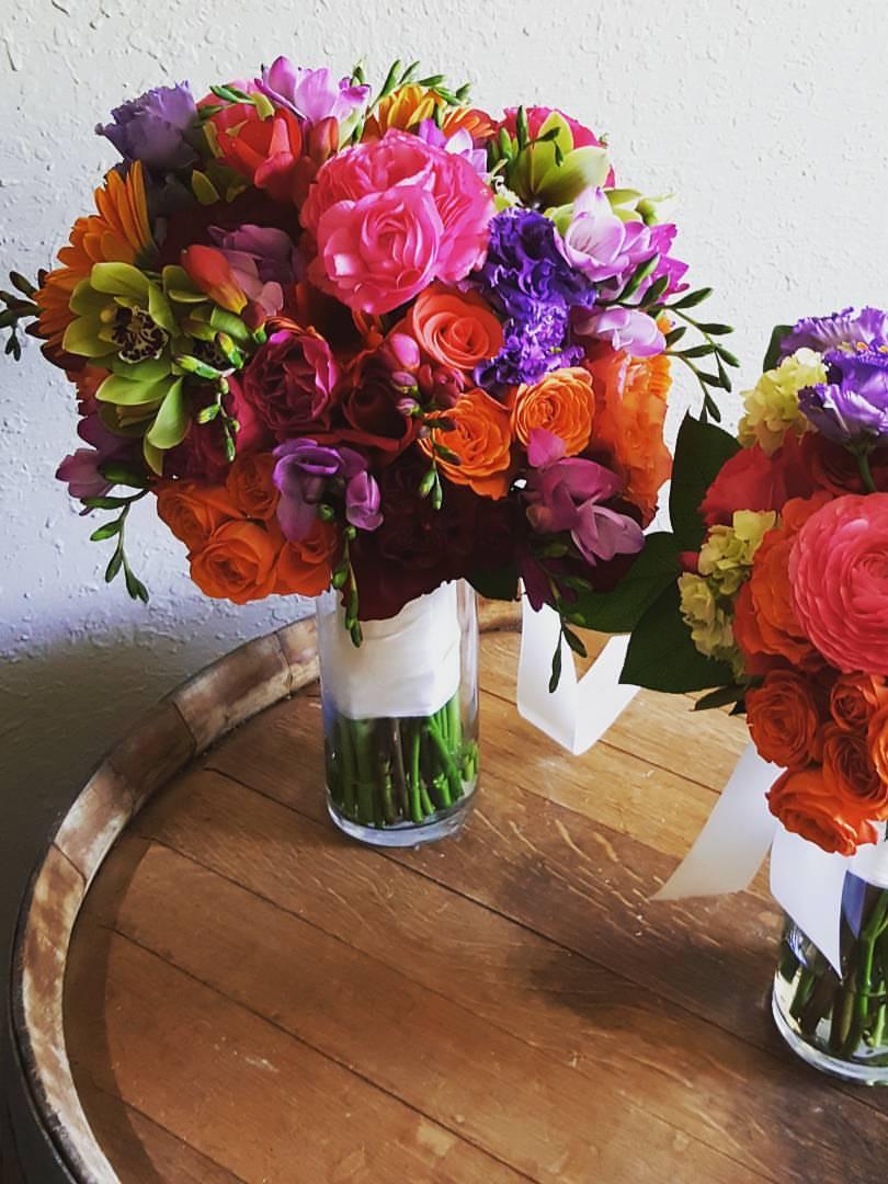 wedding florals, bright