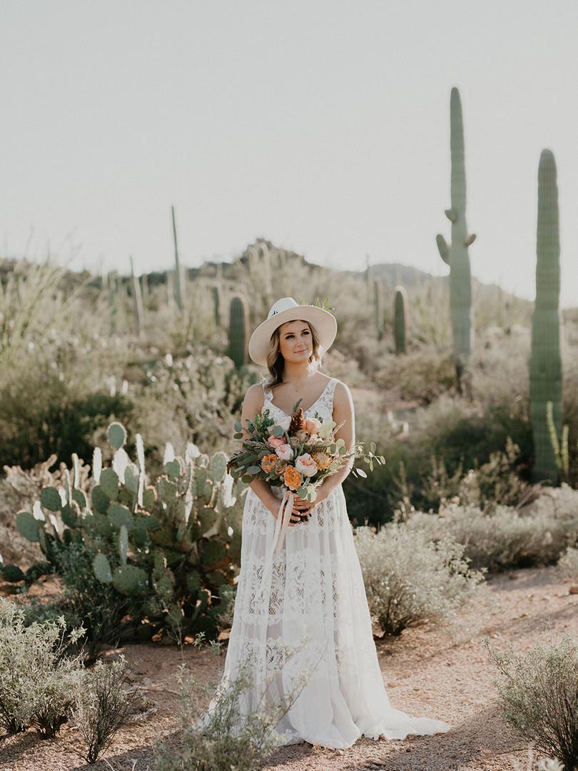 wedding floral, desert colors