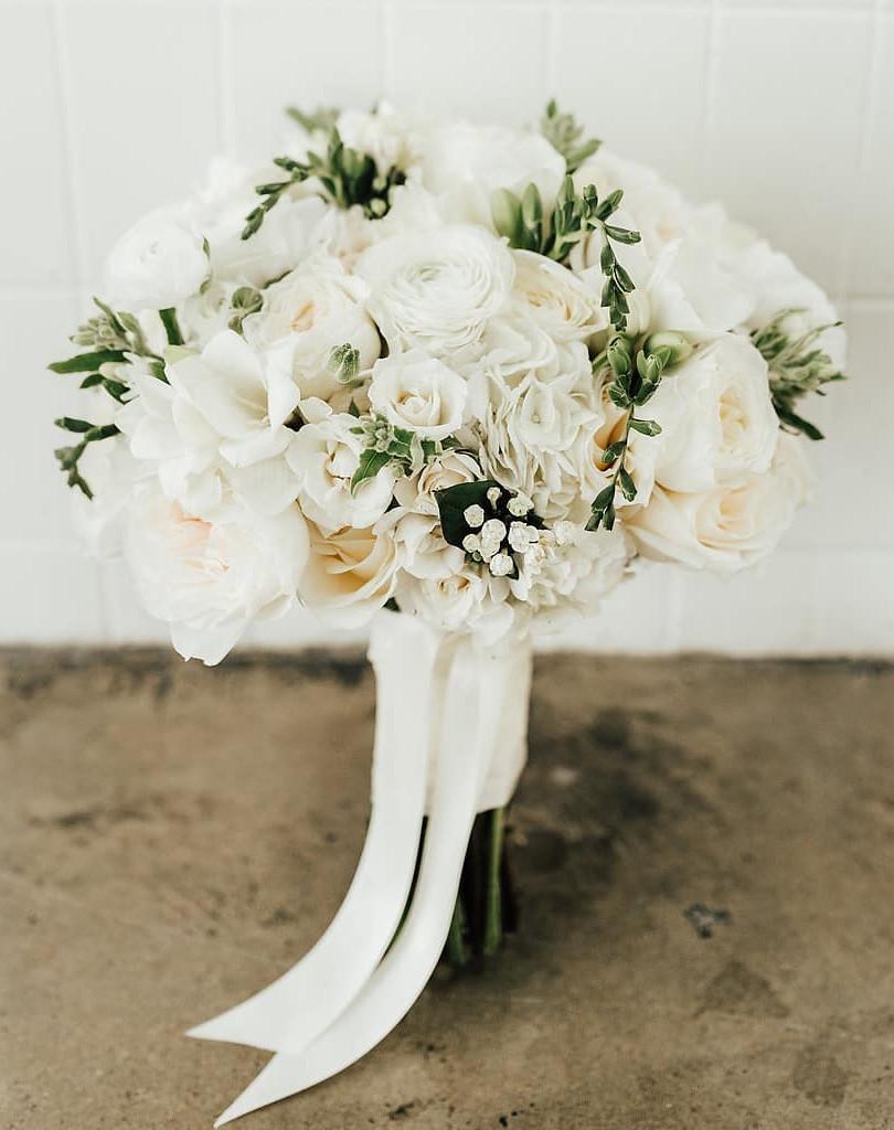 wedding florals, white