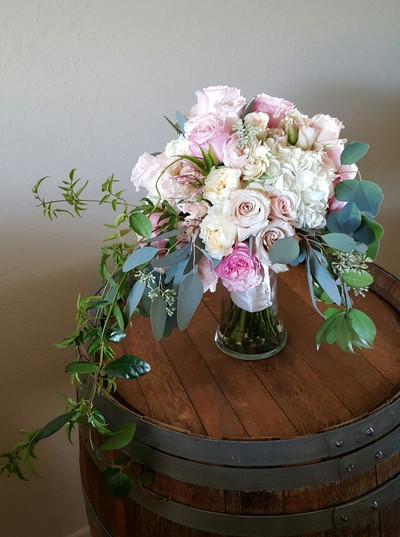 wedding florals, roses