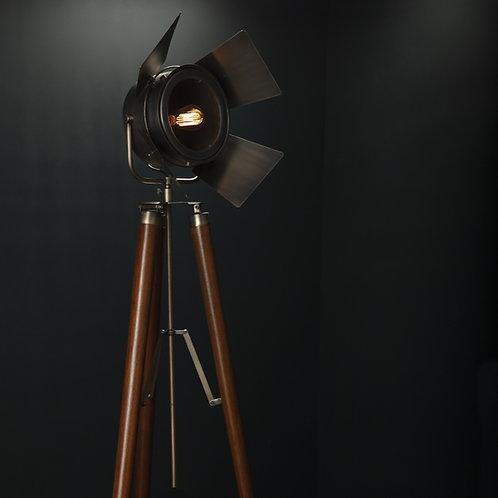LAMPARA TRIPODE 1.75mt