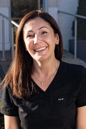 Dr Bita FarzadBDS