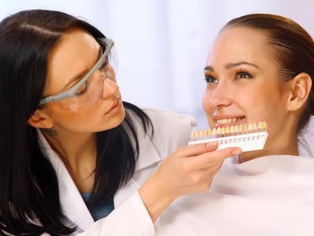 The Lowdown on Teeth Whitening