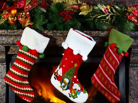 Ideas for a dental-friendly stocking for Christmas