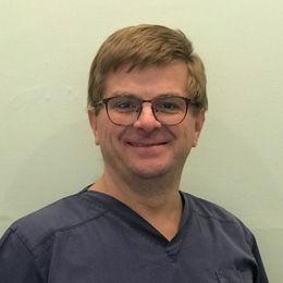 Dr Clive Bevitt