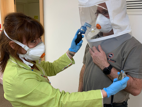 Competent person in fit mask testing