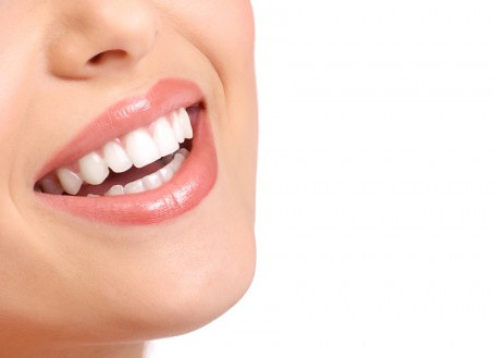 Treat yourself to cosmetic dentistry in 2017