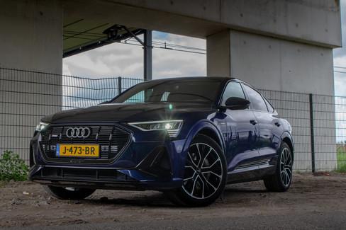 Audi E-trons1-09.jpg